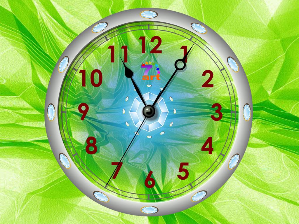 Crystal Clock Screensaver Makes Time Work Wonders