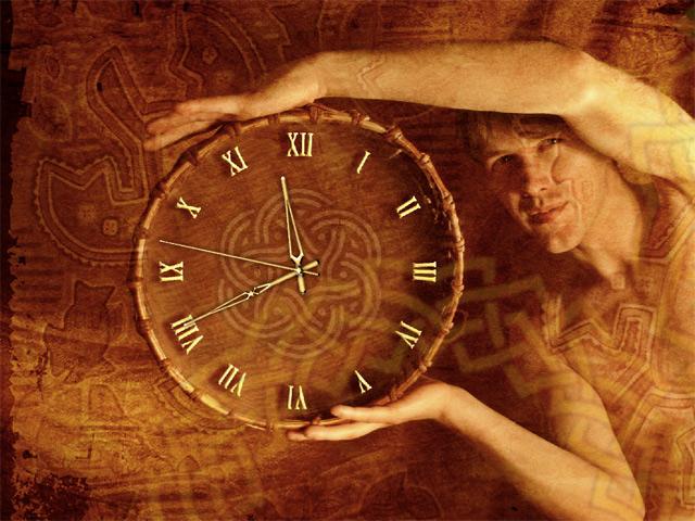Часы в этническом стиле.