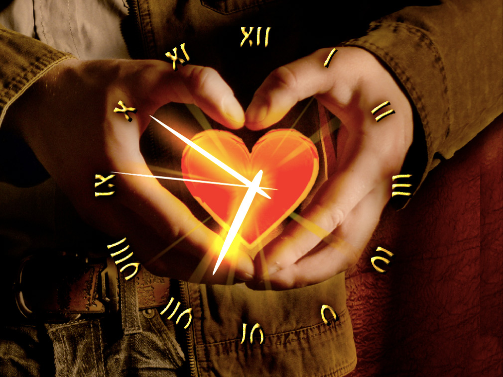 Love Heart Clock screensaver
